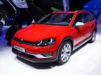 Volkswagen Golf Alltrack Paris 2014
