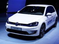 Volkswagen Golf GTE Paris 2014