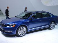 Volkswagen Passat BlueMotion Detroit 2014
