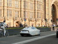 Volkswagen XL1 in London