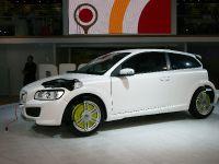 Volvo ReCharge Concept Frankfurt 2011