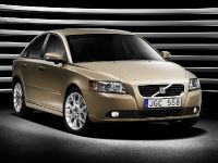 Volvo S40 and V50