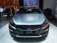 Volvo S60 Cross Country Detroit 2015