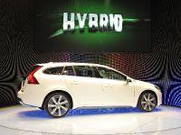 Volvo V60 Plug-in Hybrid Geneva 2011