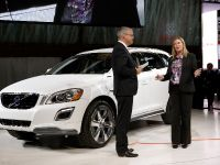 thumbs Volvo XC60 Plug-in Hybrid Concept Detroit 2012