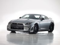 WALD Nissan GT-R Sports Line Black Bison Edition
